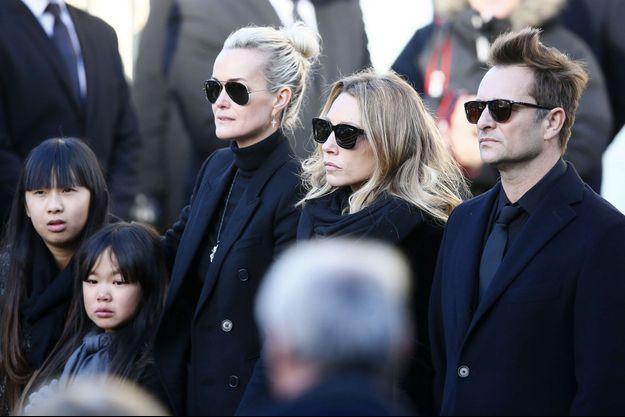 Laeticia, David et Laura à la Madeleine, le 9 décembre 2017.