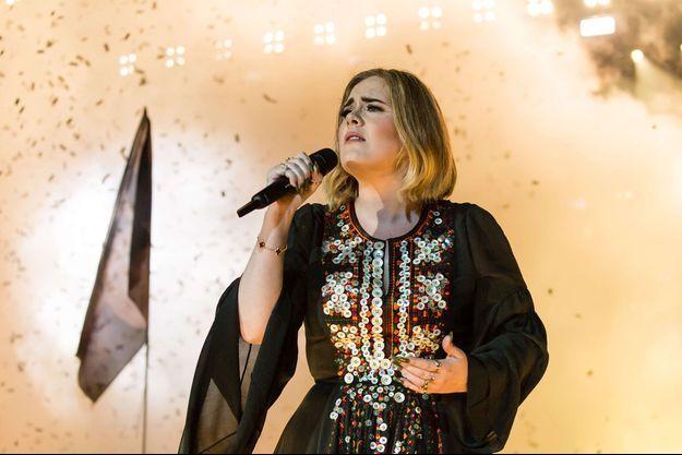 Adele en concert au Royaume-Uni en juin 2016.