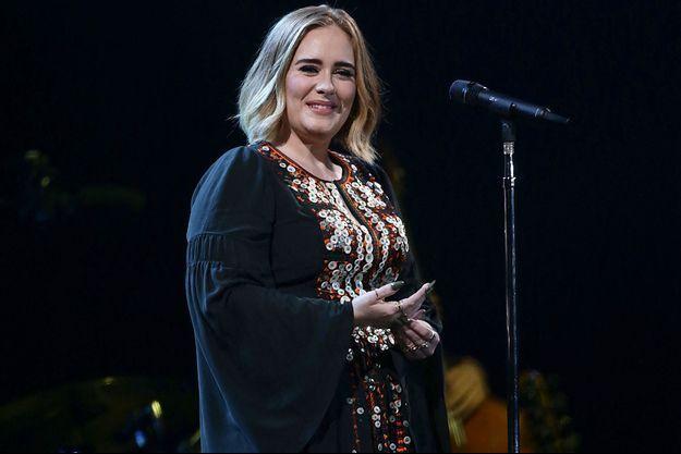 Adele au festival de Glastonbury en 2016.