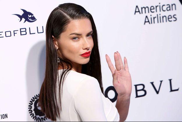 Le mannequin Adriana Lima