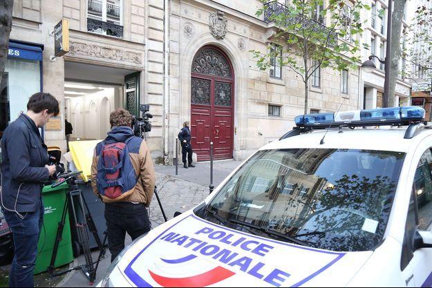 Devant l'hôtel de Pourtales, Paris 8e, le 3 octobre 2016.