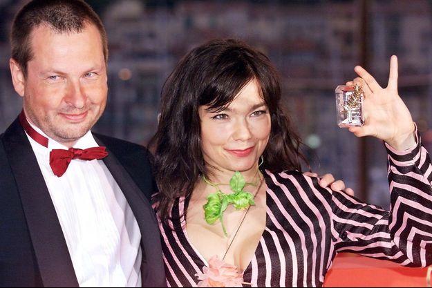 Lars von Trier et Björk lors du Festival de Cannes 2000.