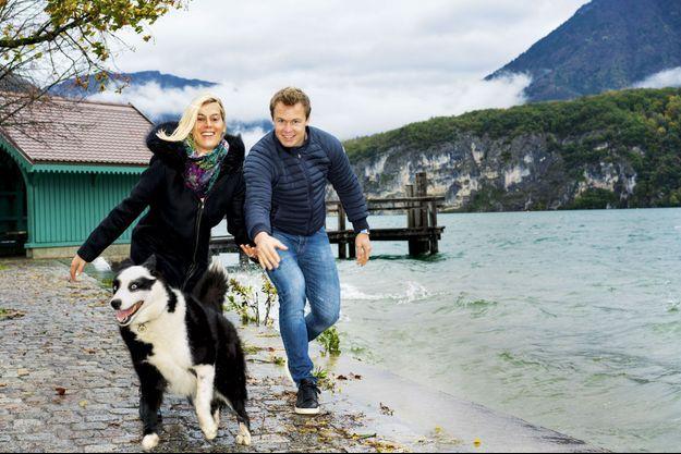 Près du ponton de l'embarcadère de Saint-Jorioz, sur la rive ouest du lac d'Annecy, avec vue sur la réserve naturelle du roc de Chère, le 4 novembre.
