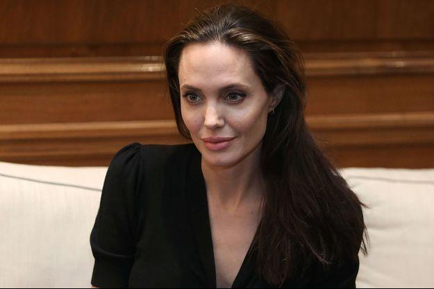 Angelina Jolie en voyage en Grèce en mars 2016.