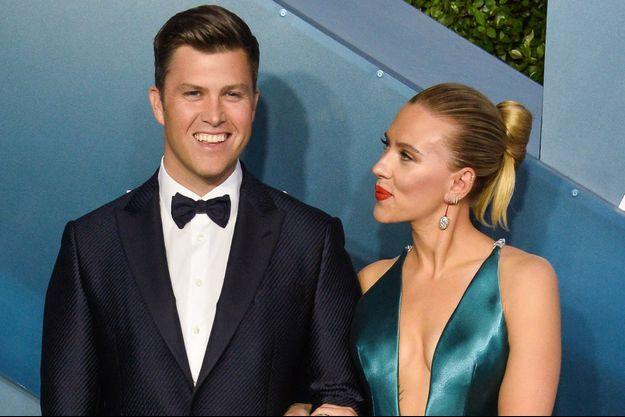 Colin Jost et Scarlett Johansson en janvier à Los Angeles.