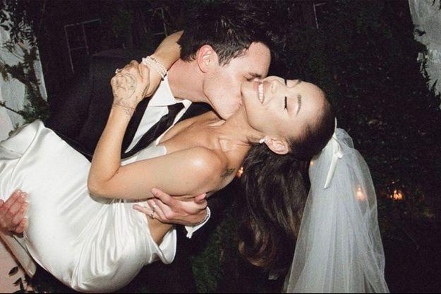 Ariana Grande et Dalton Gomez se sont mariés le 15 mai 2021
