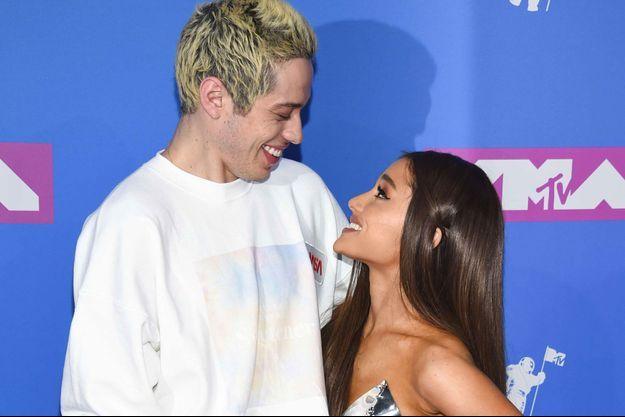 Pete Davidson et Ariana Grande aux MTV Video Music Awards le 20 août 2018