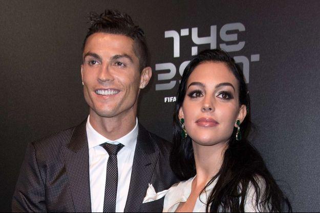 Georgina Rodriguez et Cristiano Ronaldo, le 23 octobre 2017 à Londres.