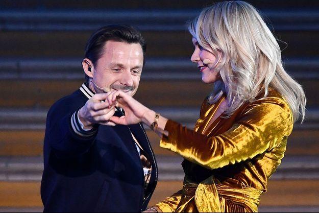 Martin Solveig et Ada Hegerberg lors de la cérémonie du Ballon d'Or, lundi, à Paris.