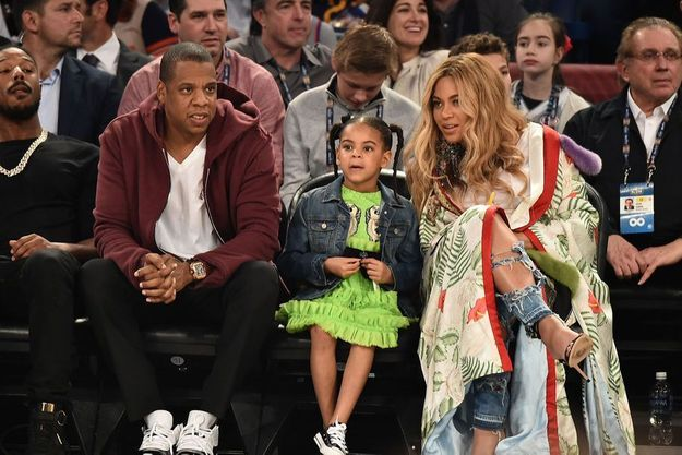 Jay-Z, Blue Ivy et Beyoncé au dernier All Star Game de basket en février dernier.