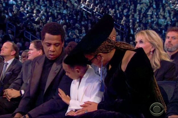 Jay-Z, Blue Ivy et Beyoncé aux Grammy Awards.