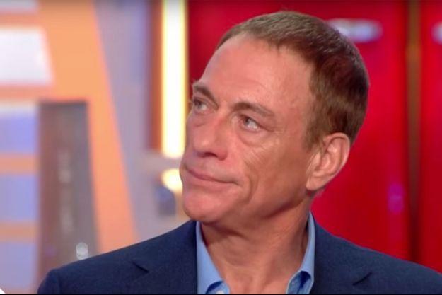 """Jean-Claude Van Damme sur le plateau de """"C à vous"""" lundi."""