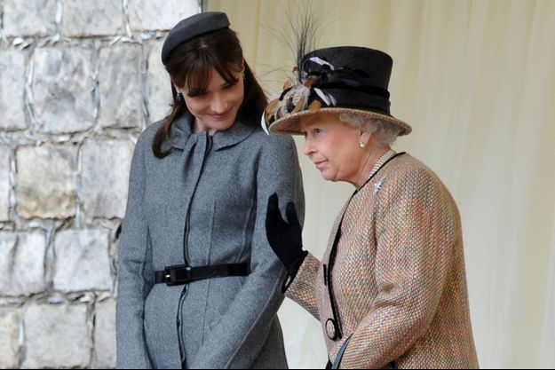 Carla Bruni et la reine Elizabeth II au château de Windsor, le 26 mars 2008