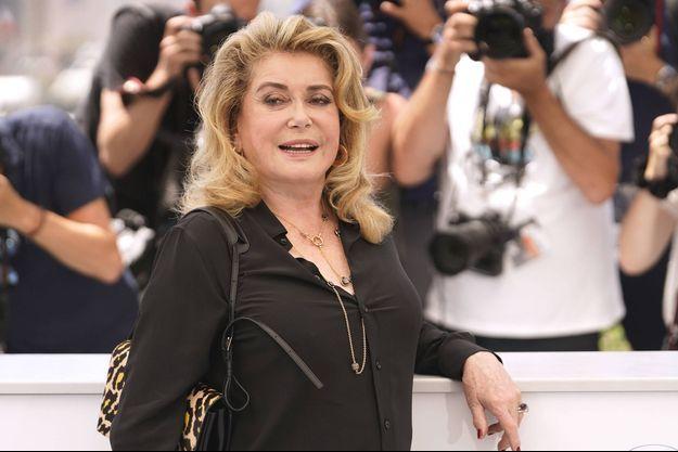 Catherine Deneuve au Festival de Cannes le 11 juillet 2021