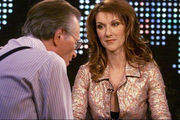 Céline Dion interviewée par Larry King en 2002.