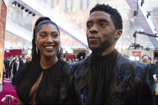 Taylor Simone Ledward et Chadwick Boseman aux Oscars en février 2019