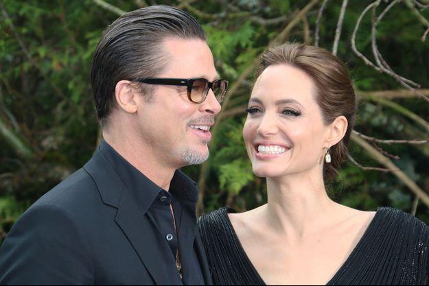 Angelina Jolie et Brad Pitt se sont mariés ce samedi en France.