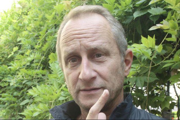 """Benoît Poelvoorde lors de la présentation de son film """"Le Grand Méchant Loup"""", le 25 juin 2013 à Lille."""