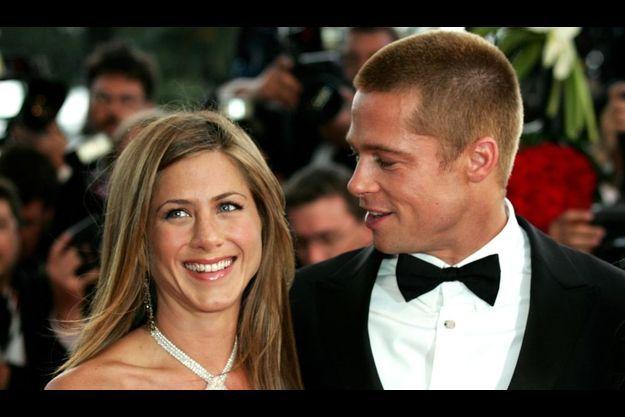 Brad Pitt a appelé son ex-femme pour la féliciter de ses fiançailles avec Justin Throux.