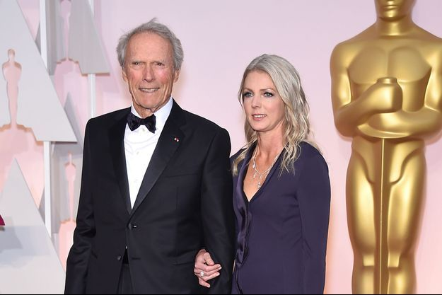 Clint Eastwood et sa nouvelle compagne lors des Oscars 2015