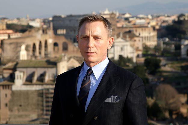 L'acteur Daniel Craig s'est livré sur son personnage, James Bond, et comment il tente de lui donner une touche plus contemporaine.