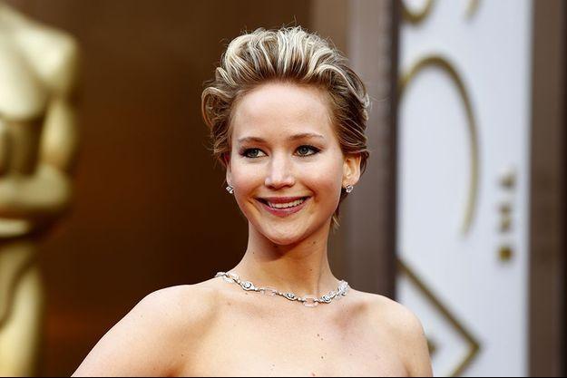 """Jennifer Lawrence: le vol de ses photos intimes, """"un crime sexuel"""""""