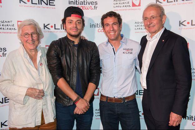 Francine Leca (fondatrice de l'association), Kev Adams (parrain du bateau), Tanguy de Lamotte (skipper) et Patrice Roynette (co-fondateur).