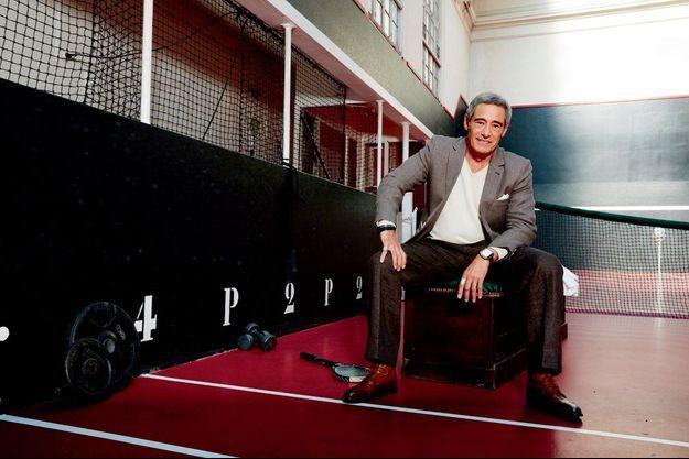 L'ex-fripier des puces a toujours le chic. Ici, à la Société sportive du jeu de paume, rue Lauriston à Paris, le 7 septembre.