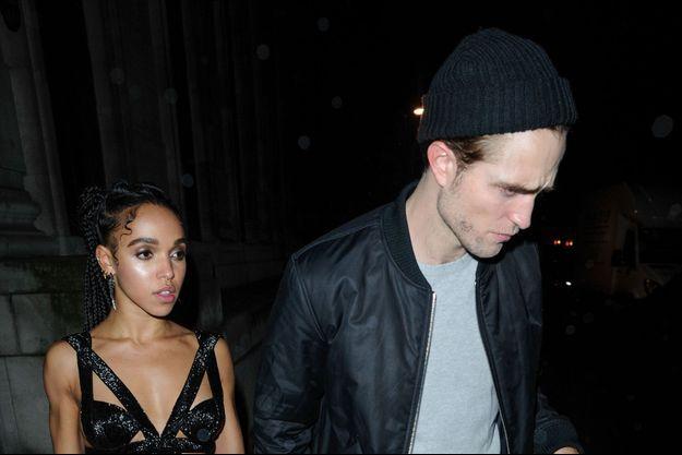 FKA Twigs et Robert Pattinson lors de leur dernière apparition à Londres le 26 février dernier