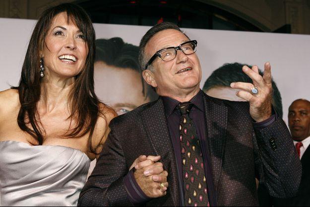 """Plus d'un an après la mort de Robin Williams, la veuve de l'acteur a accordé un premier entretien avec la chaîne ABC et s'est confiée dans les colonnes de """"People""""."""