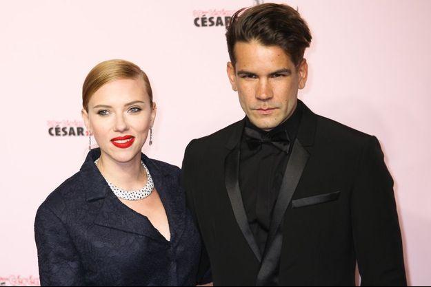 Scarlett Johansson et Romain Dauriac à la 39e édition des César, le 28 février 2014