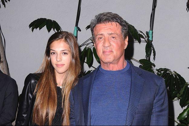 Sistine Stallone au bras de son père Sylvester Stallone en février 2014