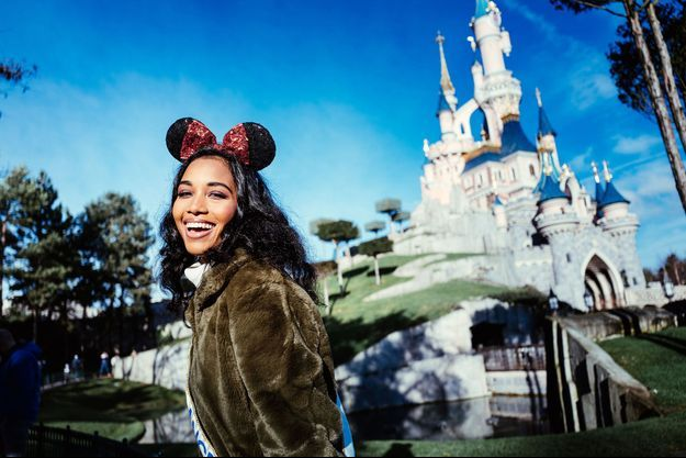 Clémence Botino, Miss France 2020, à Disneyland Paris