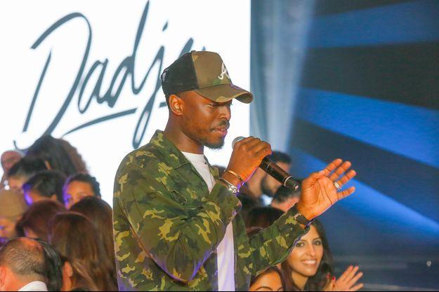 Dadju sur le podium du Casa Fashion Show, samedi 6 octobre