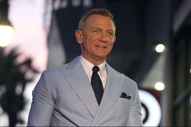 Daniel Craig à Los Angeles sur le Hollywood Walk of Fame le 6 octobre 2021