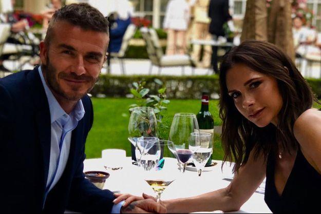 David et Victoria Beckham ont fêté leur 19e anniversaire de mariage dans un restaurant parisien.
