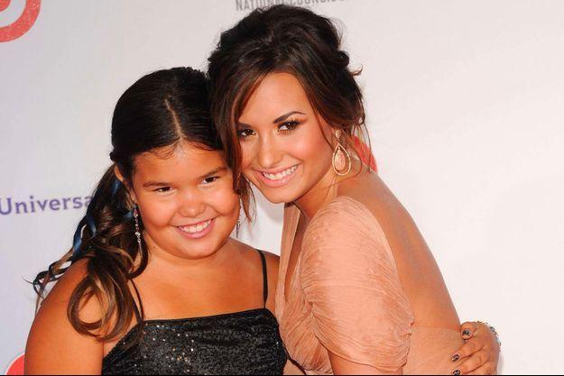 Madison De La Garza et Demi Lovato à Santa Monica, le 10 September 2011