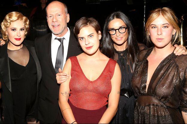 Demi Moore et Bruce Wilis en 2015 avec leurs filles
