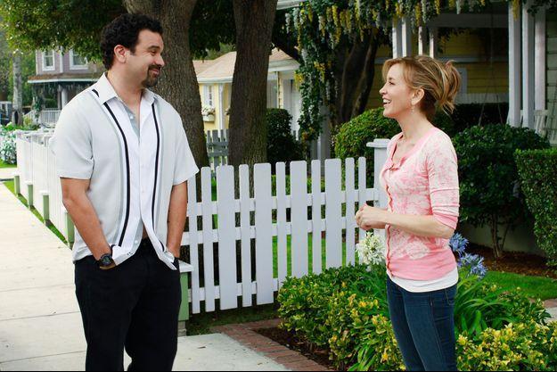 """Ricardo Chavira et Felicity Huffman dans """"Desperate Housewives""""."""