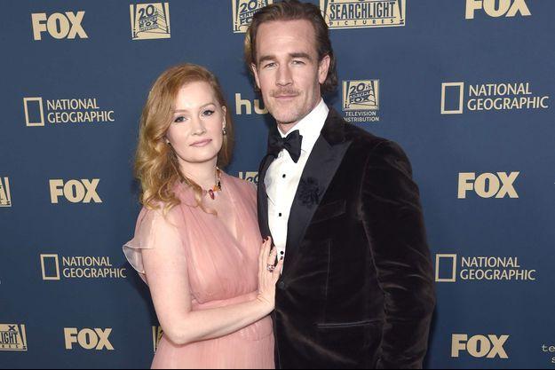 James Van Der Beek et sa femme aux Golden Globes, en janvier 2019.