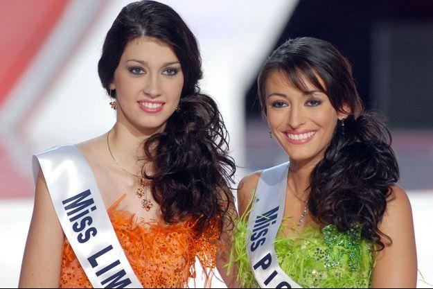 Miss Picardie Rachel Legrain-Trapani et Miss Limousin Sophie Vouzelaud lors de l'élection Miss France en 2006.