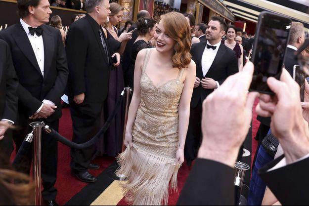 Emma Stone lors de la 89e cérémonie des Oscars.
