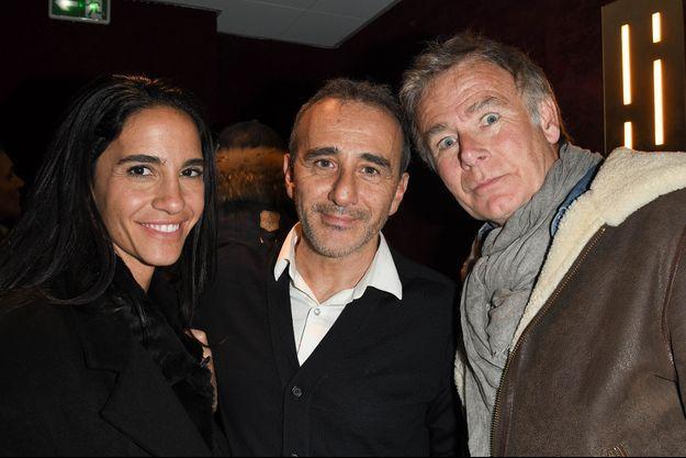 """Franck Dubosc, son épouse Danièle et Elie Semoun à la première du spectacle """"Elie Semoun et ses monstres"""" aux Folies Bergère à Paris le 7 janvier 2020"""