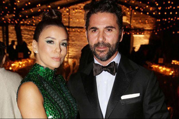 Eva Longoria et son mari José Antonio Baston à Cannes en mai 2019.