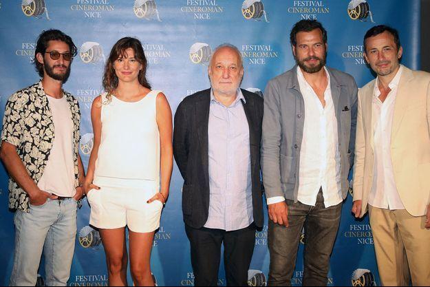 """Pierre Niney, Alice Pol, François Berléand, Laurent Lafitte et Michaël Cohen lors de la première du film """"L'origine du monde"""" au Festival Cinéroman à Nice le 18 Juin 2021"""