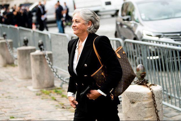 Florence Belmondo vendredi aux obsèques de son père Jean-Paul Belmondo, à Paris.