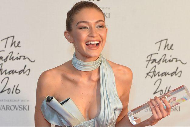 Gigi Hadid aux British Fashion Awards