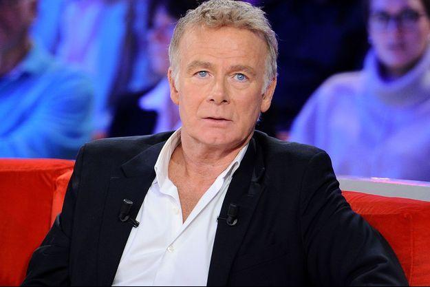 """Franck Dubosc sur le plateau de """"Vivement Dimanche""""."""