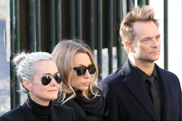 Laeticia, Laura et David lors de l'enterrement de Johnny Hallyday à Paris en décembre 2017