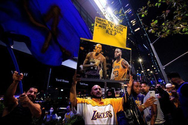 Le souvenir de Kobe Bryant était dans toutes les pensées des fans de basket dimanche soir.